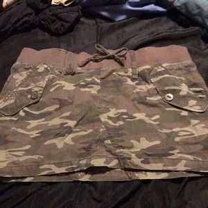 Women's camouflage skirt size 9